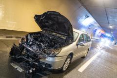 Pkw brannte in S10-Tunnel: Asfinag-Mitarbeiter brachte Lenker in Sicherheit